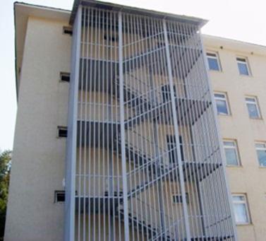 Yangın merdiveni kapısı özellikleri